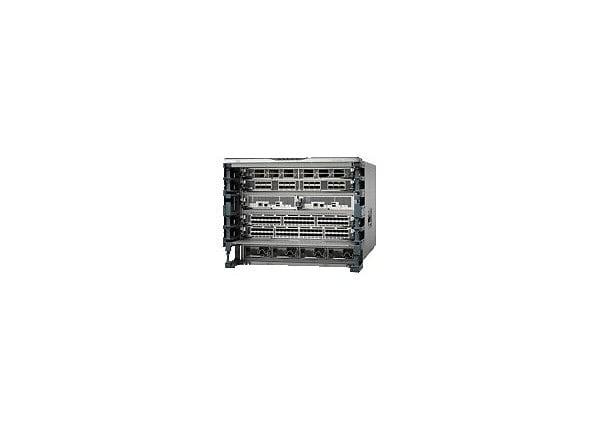 Cisco Nexus 7706 - Bundle - switch - 96 ports - managed - rack-mountable -