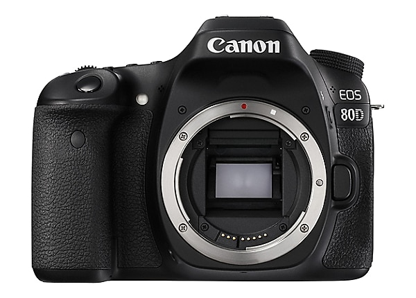 Canon EOS 80D - EF-S 18-135mm IS USM lens