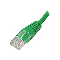 StarTech.com Cat5e Ethernet Cable 10 ft Green - Cat 5e Molded Patch Cable